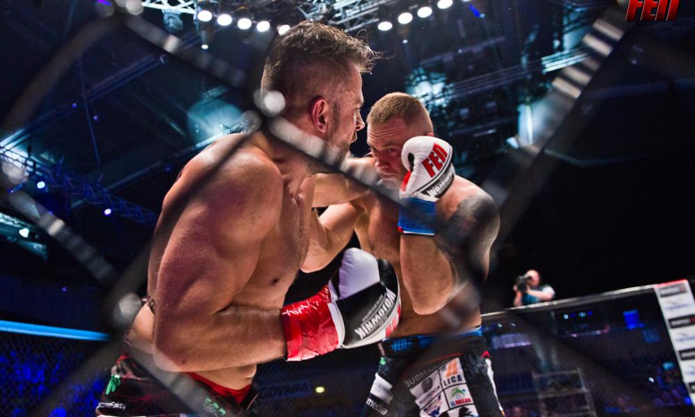Artur Bizewski vs Marcin Szreder